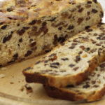 Hallow'een Traditions – the ring in the barm brack
