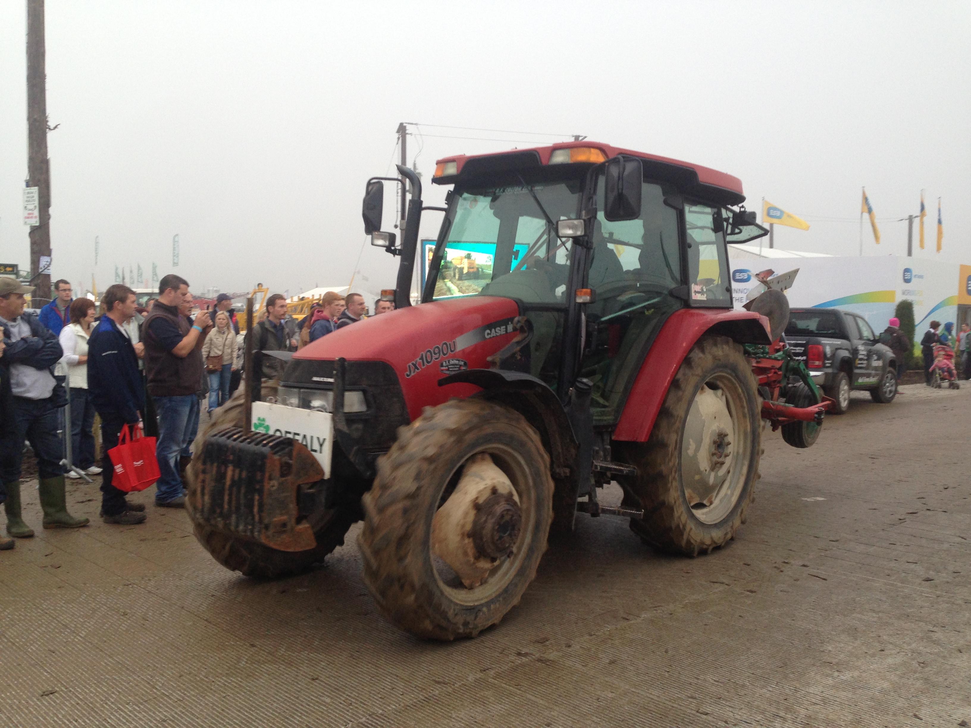 Tractor lap of honour