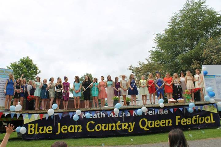 Blue jean modelling competition