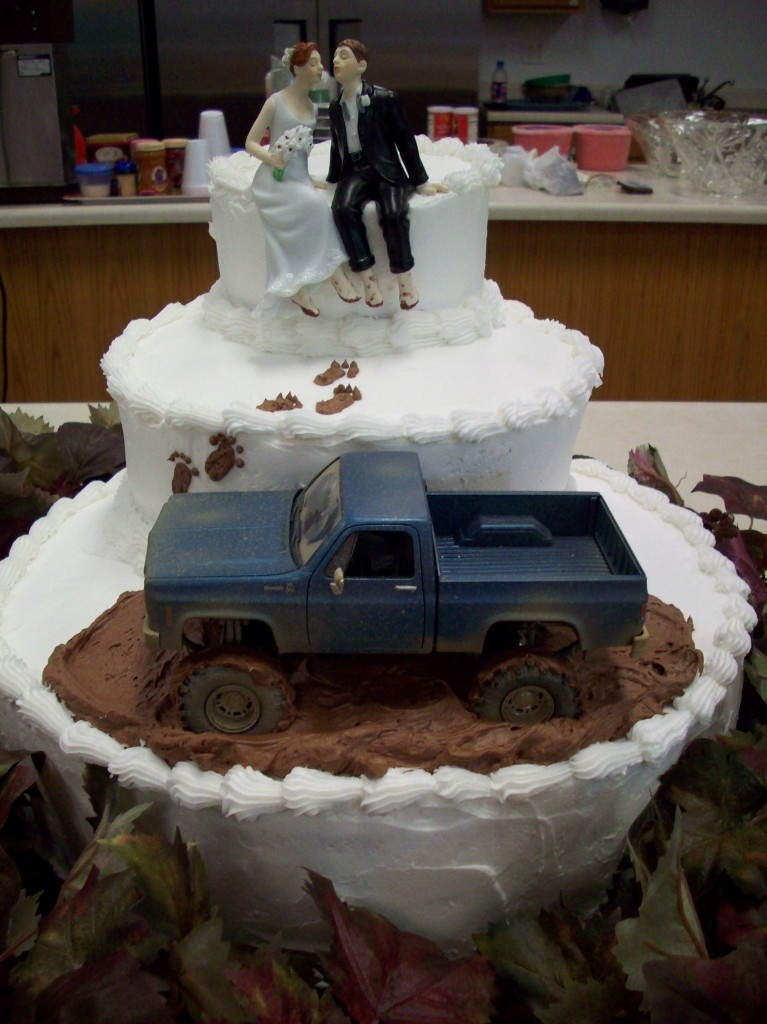 Muddy Boots Farm Wedding cake