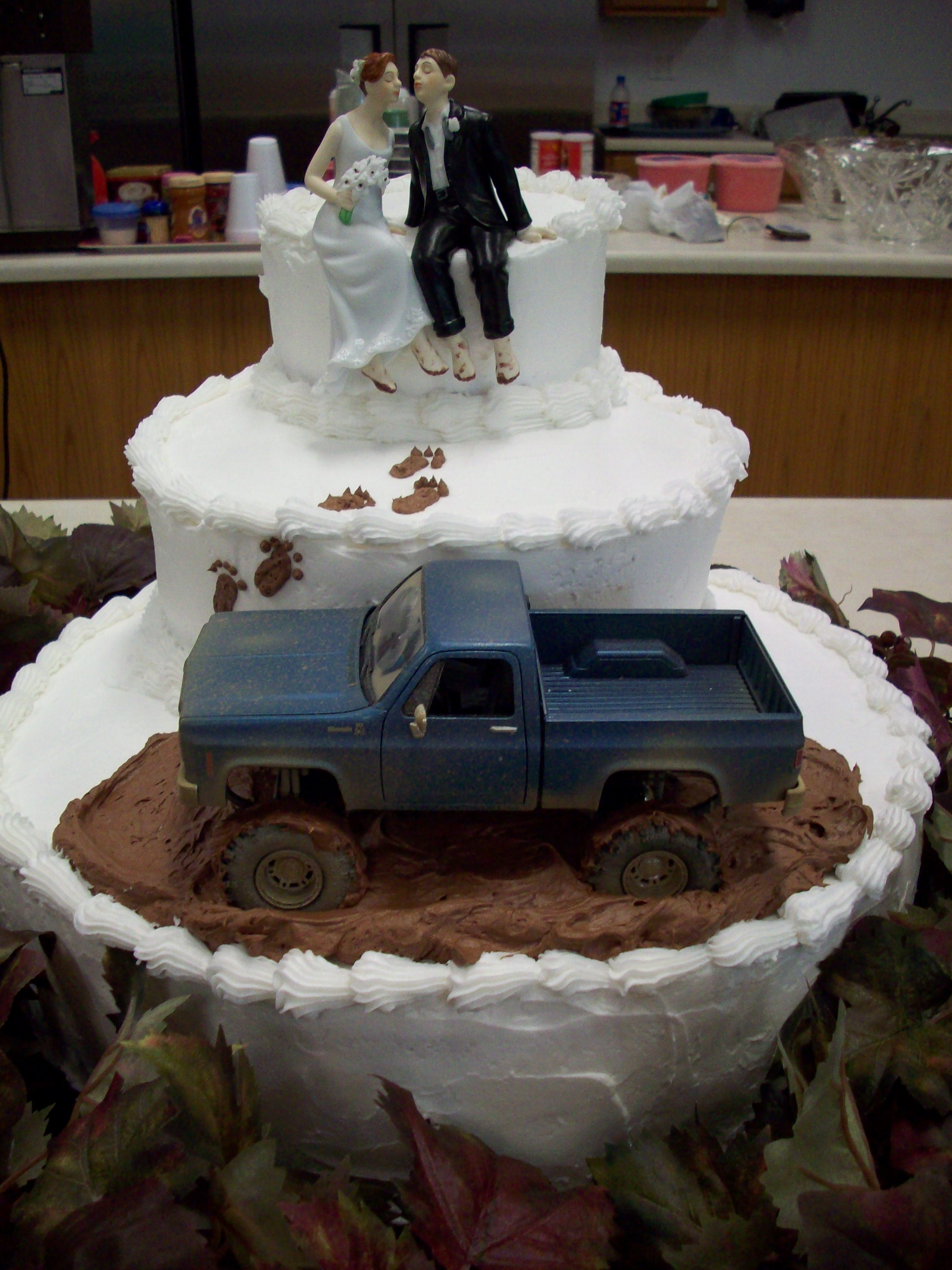 10 Farm Wedding Cakes
