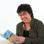 Lorna Sixsmith author pic - low res