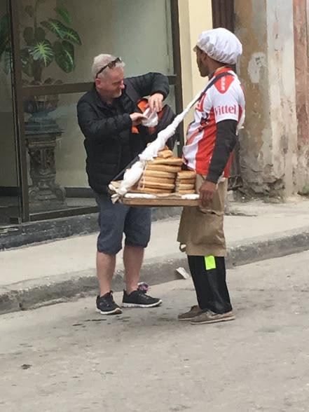 Cuba street seller