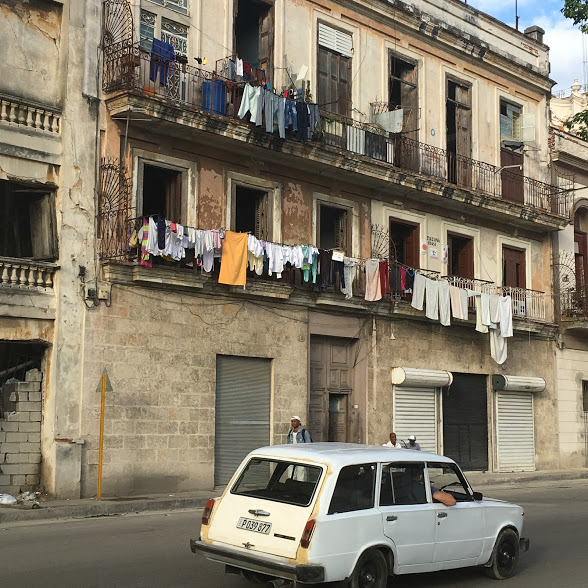 Havana - washing hanging out